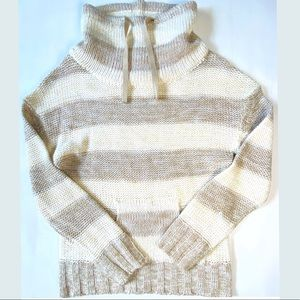 🍀Poof! Cowl neck striped kitted sweater nwot M